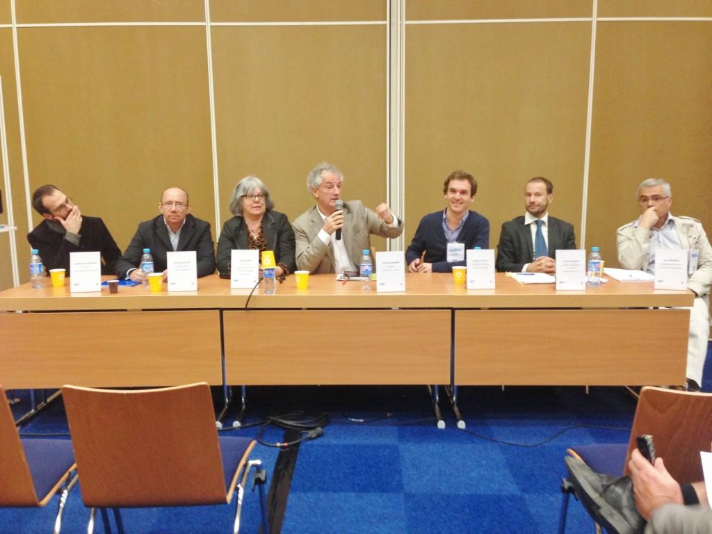 Grand débat au sein de l'espace chambres d'hôtes du Salon Mondial du Tourisme de Paris en mars 2015
